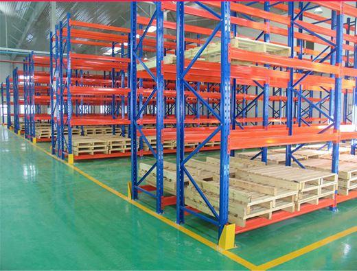 选购重型仓储货架的时候可以从哪几个特点进行考虑