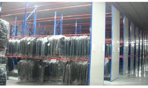 服装货架的保养方法有哪些