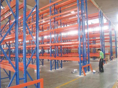仓储货架怎么摆放可以提高利用率