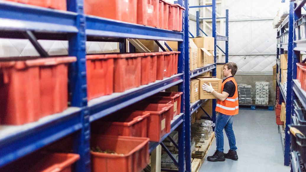 仓储货架如何安装,仓储货架安装完整流程