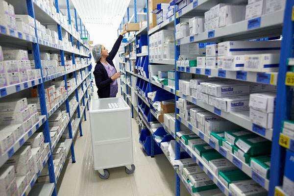 医药行业货架应该怎么选择