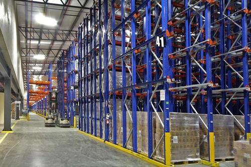 为什么在安装货架的时候都要安装防护栏