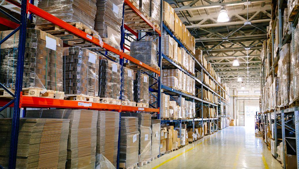 如何使用贯通式货架才能最大化发挥它的作用
