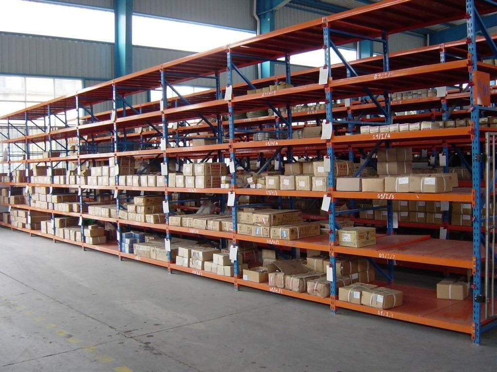 抽屉式货架和层格式货架的区别