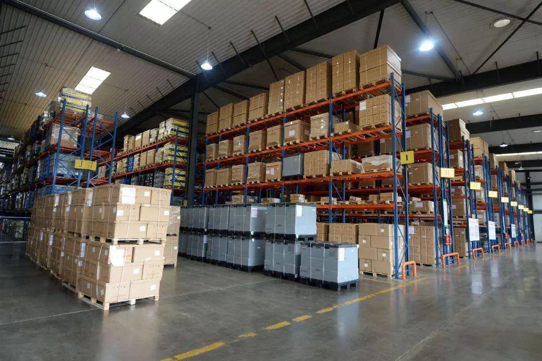 现在主流物流仓储货架有哪些类型