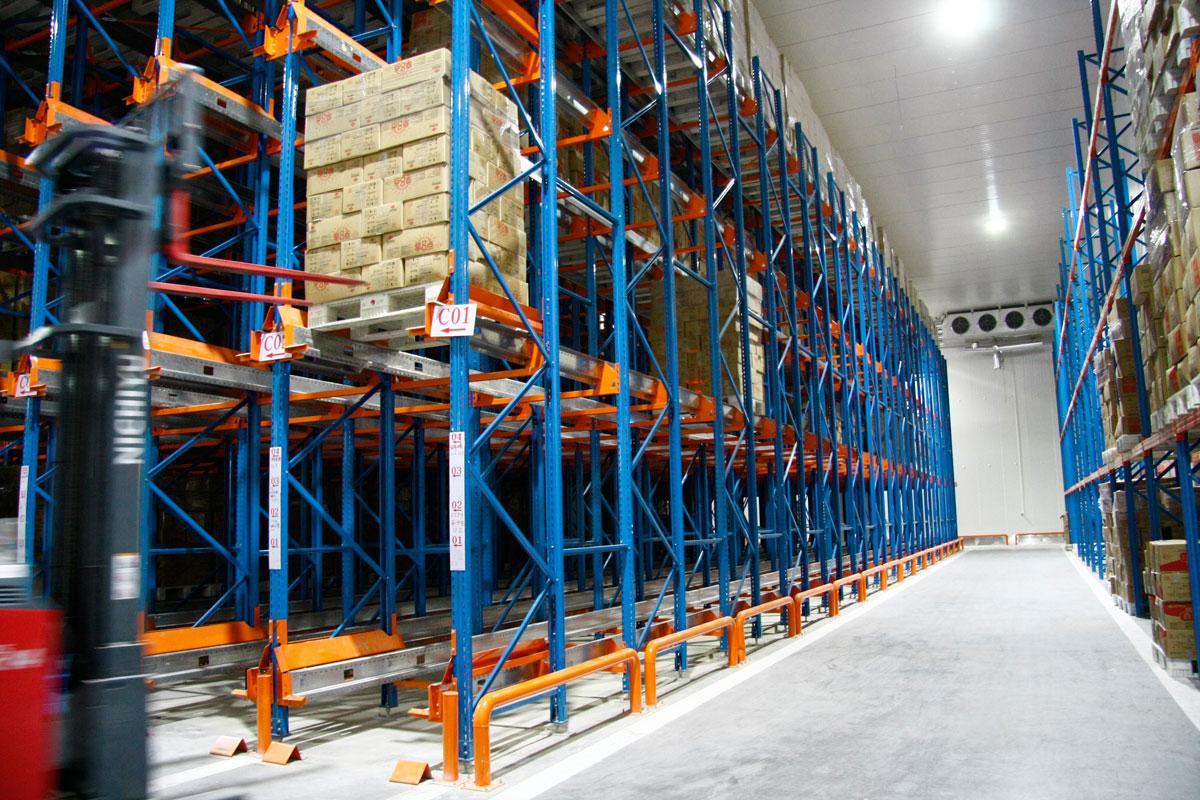 穿梭式货架:智能科技与优良存储系统的结合